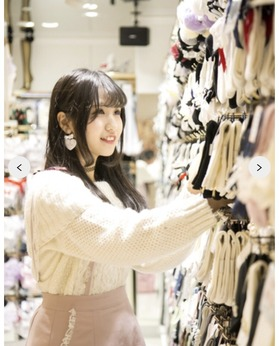 週2日~・1日4時間~勤務OK!未経験から始めた学生さん・主婦の方が大勢活躍している人気の靴店です。